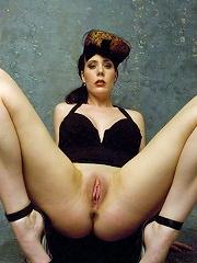 Morey Erotic Art - Heather C3